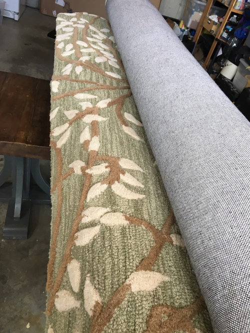 Throw pillows for busy rug?