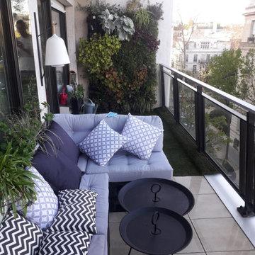 Végétalisation d'un balcon dans un esprit bohème