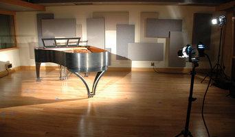 The Royal Ebony Piano Design
