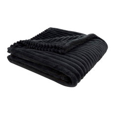 Ultra Soft Ribbed Style Throw in Black