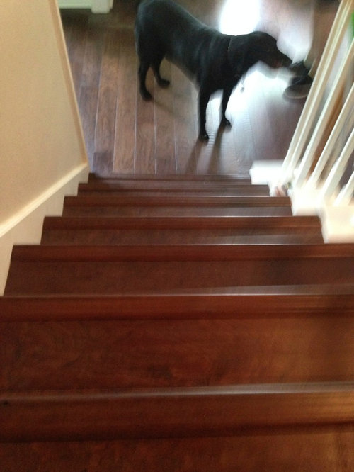 Bull Nose Hardwood Pieces On Stairs, How To Install Laminate Flooring On Stairs With Stair Nose