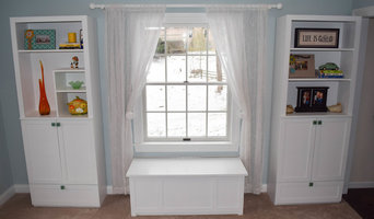 "CABINET HUTCH SET AND STORAGE BENCH ""Morrow Collection"""