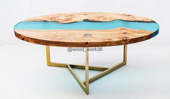 Оавальный журнальный столик для президента компании с заливкой цвета Тиффани