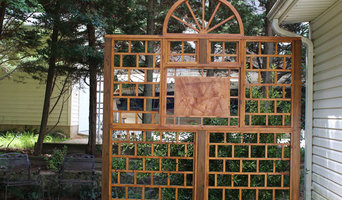 Trellis with wood carving