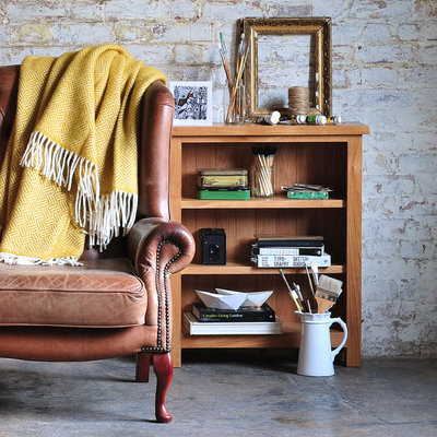 Farmhouse Living Room by The Cotswold Company