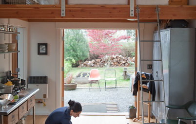 Houzz Tour: Industrial Minihouse in Seattle