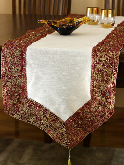 Exceptionnel Elegant Table Runners   Table Runners