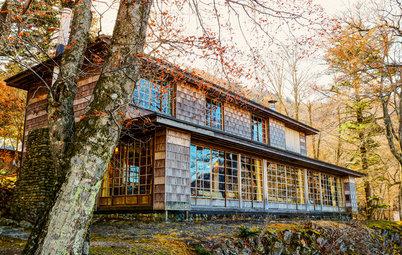 東西の建築文化を見事に融合させた、レーモンド設計《旧イタリア大使館別荘》