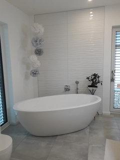 So Ist Es Bei Uns.....aber Freistehende Badewanne Braucht Viel Platz...  Würde Eh Eine Eckbadewanne Einbauen.