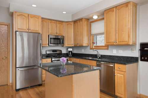 Oak Cabinets With Dark Granite Counters