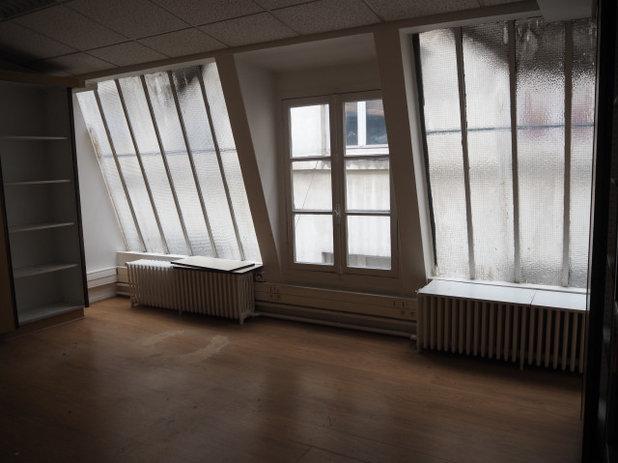 Avant/Après : Des bureaux mués en un 90m2 de charme avec verrière