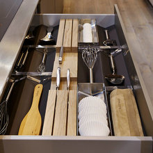 Drawers and pull outs: Kitchen Architecture - bulthaup