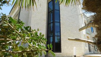 Abitazione Privata Facciata continua e finestre battenti a taglio termico Metra