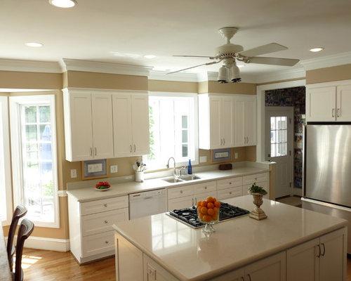 Bulkhead Home Design Ideas, Pictures, Remodel and Decor