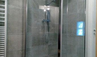 Douche italienne avec pavés de verre