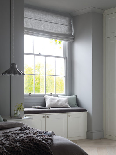 Traditional  by Sharps Bedrooms