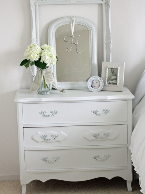saveemail - Dresser Decor