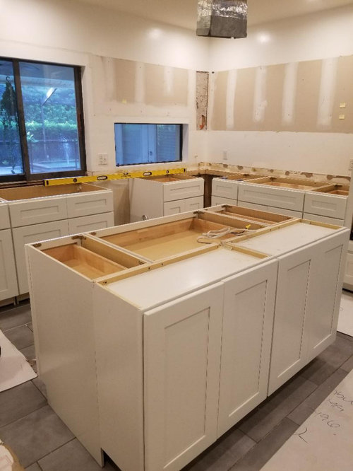 What Size Handles For White Shaker Style Cabinets In The Kitchen