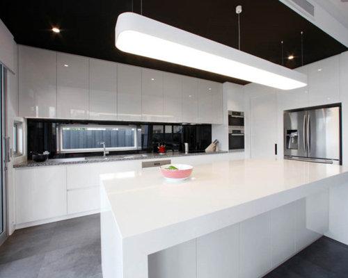 küchen mit schwarzer küchenrückwand ideen & bilder - Schwarze Arbeitsplatte Küche