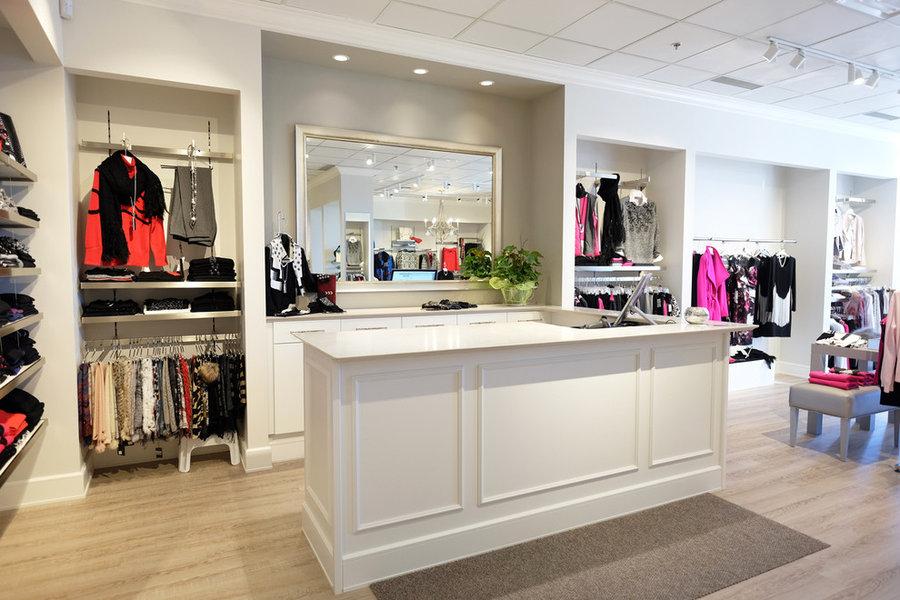 Lauri's Boutique