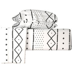 Scandinavian Sheet And Pillowcase Sets by Roostery