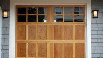 Garage door by www.pacdoor.com