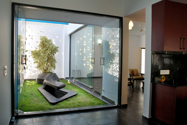 Contemporary Garden by Cadence Architects