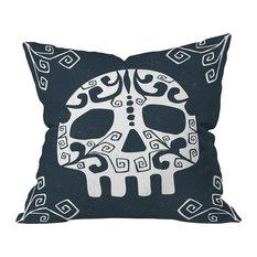 Heather Dutton Mascara de muerte Throw Pillow