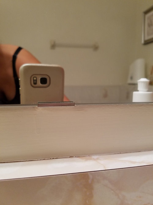 How To Remove Mirror Secured By Bracket, How To Remove Bathroom Mirror Clips