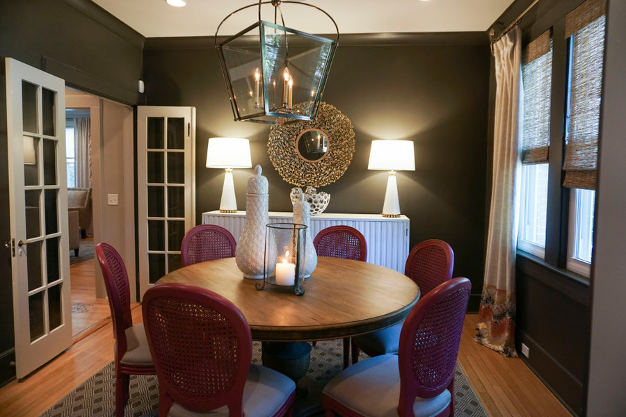 Dining Room seating for 6 with Fuschia chairs