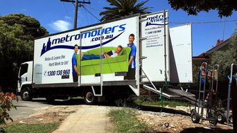 Removalists and Trucks