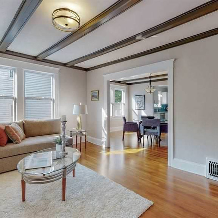 Kingston Downtown Vacant Staging