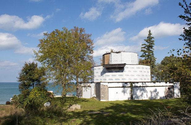 House of Tomorrow Looking Toward Lake