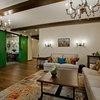 Houzz тур: Живописный дом у озера с качелями в холле