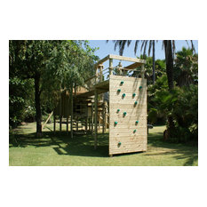 Climbing Wall for treehouses by Treehouse Life