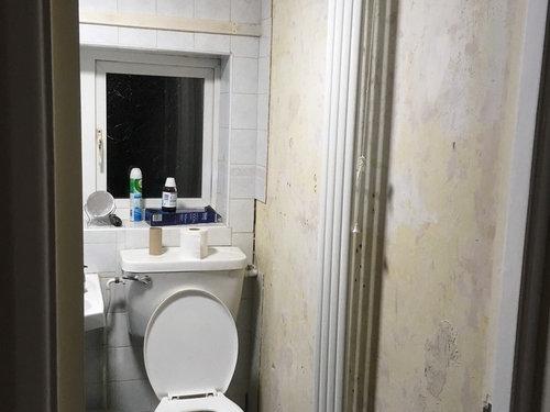 Radiator Voor Toilet : Where should the radiator go bathroom