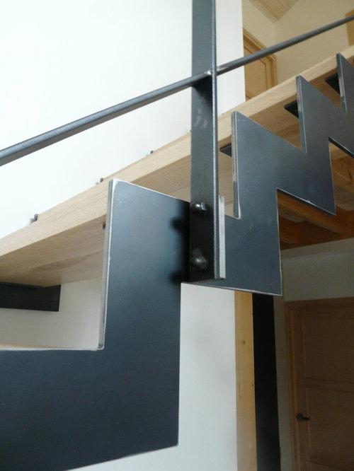 Escalier acier brut vernis 1/4 tournant - version crémaillière