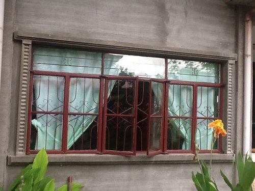 China best design wooden color aluminum windows and doors.