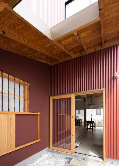 家の外観 by 一級建築士事務所 ikmo