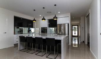 Modern kitchen - Pitt Town Area