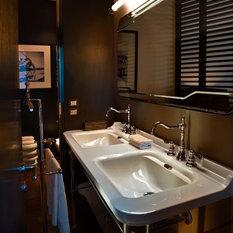 klassische badm bel exklusive badezimmerm bel online. Black Bedroom Furniture Sets. Home Design Ideas