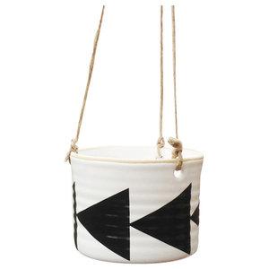 Zigge Arrow Hanging Pot, Black