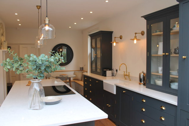 Contemporary Kitchen by House of Beulah