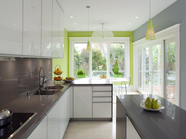 Palatable palettes 8 great kitchen color schemes for Best colour combination for kitchen
