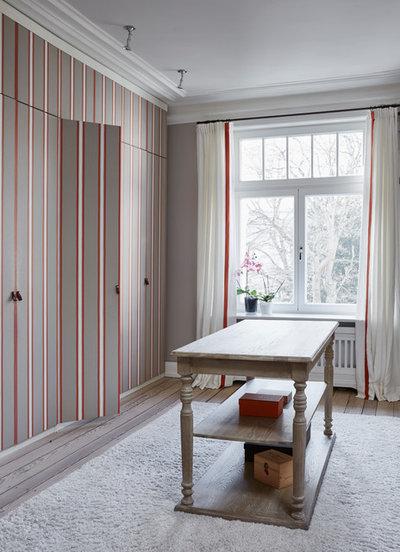 Ankleidezimmer by Anja Lehne interior design