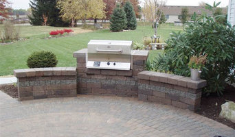 Landscaping and Special Features