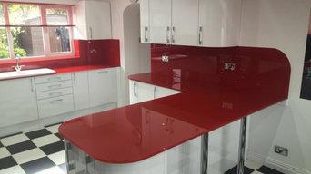 Red glass splashback and worktop