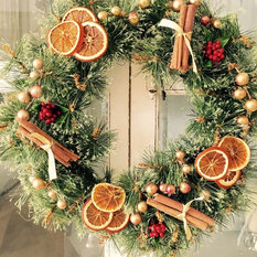 - Christmas Wreath - Wreaths And Garlands