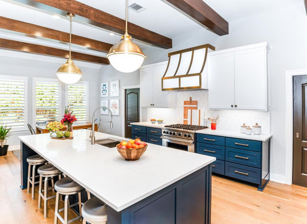 Transitional Kitchen by Wamhoff Design | Build