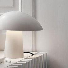 5 smukke lamper / Sådan styler du med lamper i vindueskarmen